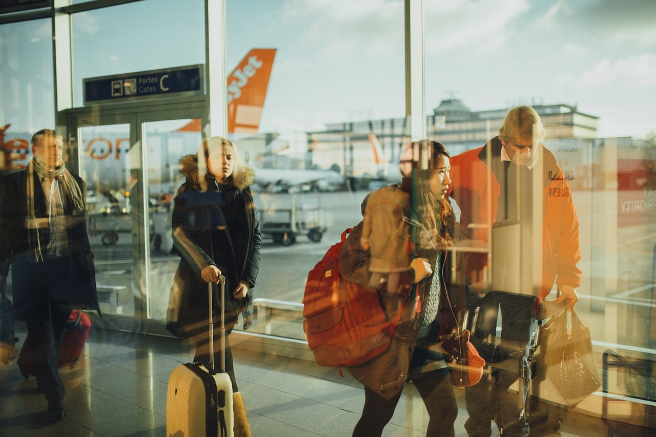 Regulations to complete COVID-19 Passenger Locator Form come into force