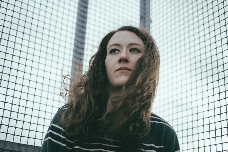'Idle Words' from West Cork singer-songwriterMíde Houlihan