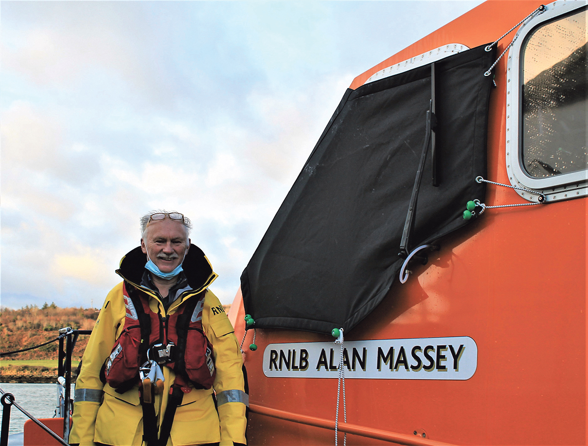 Coxswain Kieran Cotter retires after 45 years with Baltimore RNLI